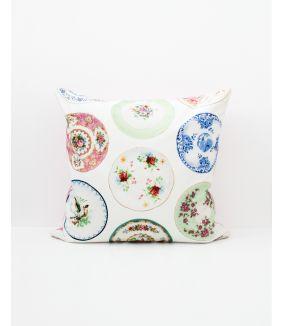 Porcelain cushion cover
